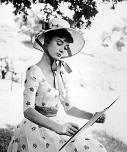 Audrey-Hepburn-audrey-hepburn-21766823-1663-2000